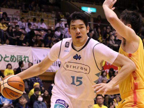 京都が終盤の連続得点で仙台とのロースコアゲームを制し、西地区暫定4位に浮上/B1リーグ第18節