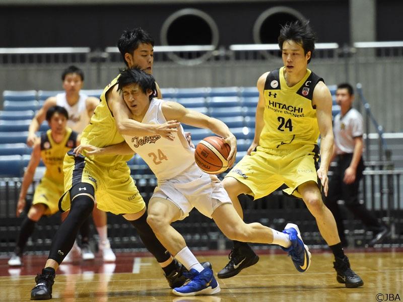 前回大会の3回戦では東海大学と日立サンロッカーズ東京が顔を合わせた [写真提供]=日本バスケットボール協会