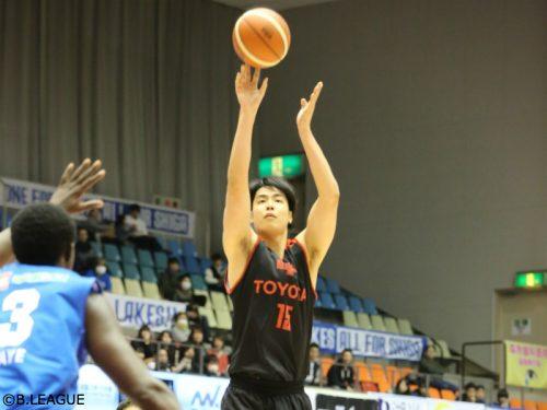 竹内の決勝3PでA東京が滋賀に勝利、富山は東地区首位の栃木を撃破/B1リーグ第22節
