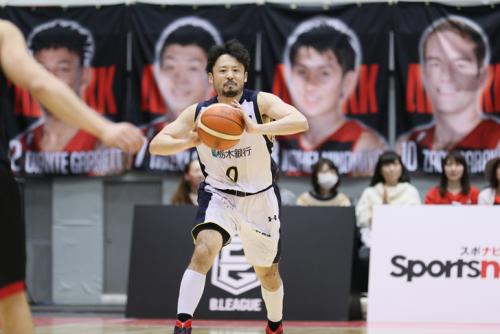 首位決戦で奇跡的な逆転勝利を演出、栃木の田臥「ライアンを信じてパスを出した」