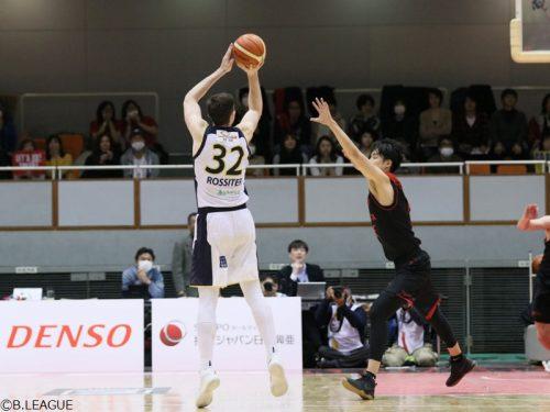 ロシターの決勝3Pで栃木が首位決戦を制す、滋賀は敵地で大阪に勝利/B1リーグ第21節