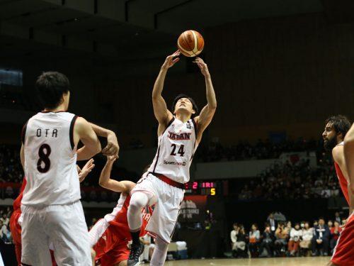 日本代表がイラン代表に5点差惜敗、インサイドで弱さ露呈も、田中や比江島が見せ場作る