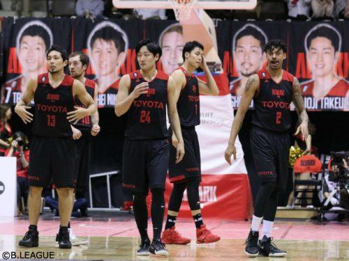 A東京がウルトラマンとコラボ、第23節大阪戦でイベントを実施