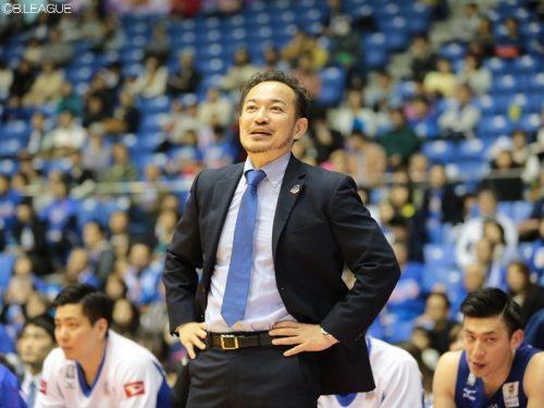 青森が佐藤信長HCと契約継続、在籍3シーズン目へ「B2優勝を目指す」