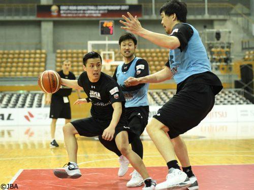 活躍が期待される司令塔の富樫勇樹「日本らしいバスケットを」