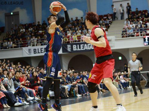 横浜ビー・コルセアーズ、富山グラウジーズを退けB1残留決定…川村卓也が大一番で22得点と活躍