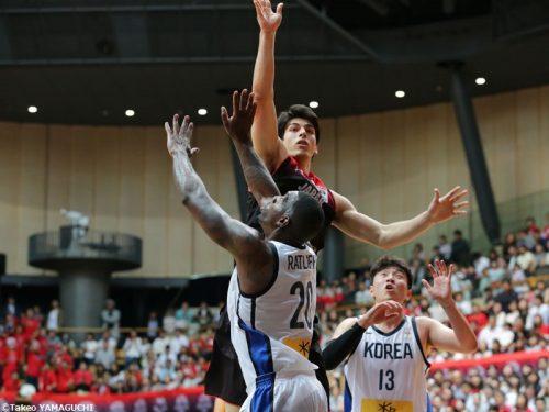 バスケを始めてわずか3年半で日本代表デビュー、205センチ107キロの逸材シェーファー アヴィ幸樹