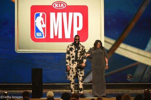 2018 NBA AWARDS 受賞者リスト一覧、ベストプレー賞にはレブロンの決勝弾が選出!