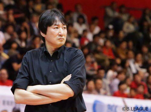 シーホース三河、鈴木貴美一HCが複数年契約で続投「さらに魅力ある強いチームを目指す」