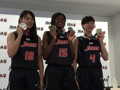 3x3女子代表チームが銀メダル獲得を報告、三屋会長「東京に向けて一層精進」