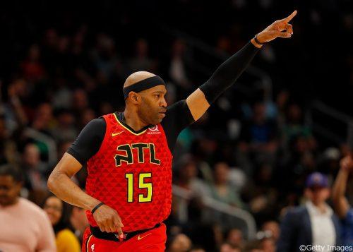 42歳のビンス・カーターがホークスと再契約に合意、NBA史上最長の22シーズン目へ