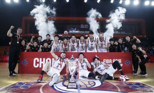 アルバルク東京がアジアチャンピオンズ杯優勝を飾る、決勝で24点差の圧勝