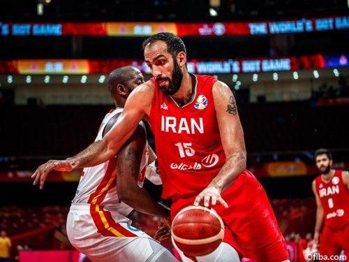 イランが今大会初勝利、アンゴラを逆転で下す