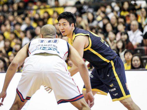 チーム合流後、即スタメン出場の比江島慎「ブレックスで自信を取り戻していきたい」