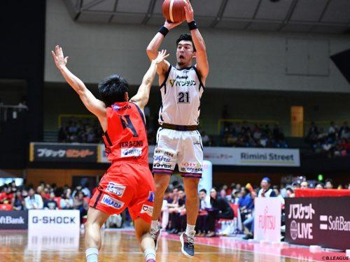 横浜ビー・コルセアーズが三遠ネオフェニックスを下す、田渡凌は27得点7アシストの大活躍