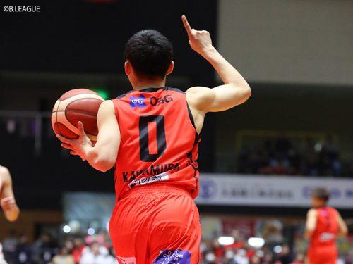 河村勇輝がB1デビュー戦で存在感を発揮。富樫勇樹はチーム掌握力に舌を巻いた