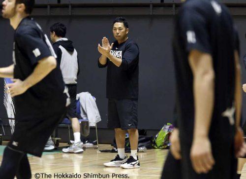 レバンガ北海道 選手のからだづくりを陰で演出 今季加入の大塚コーチ