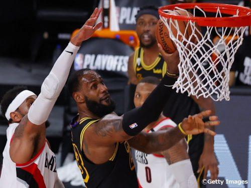 【NBAプレーオフ8日目】レブロンが躍動したレイカーズはシリーズ突破に王手…ヒートは4連勝でペイサーズをスウィープ