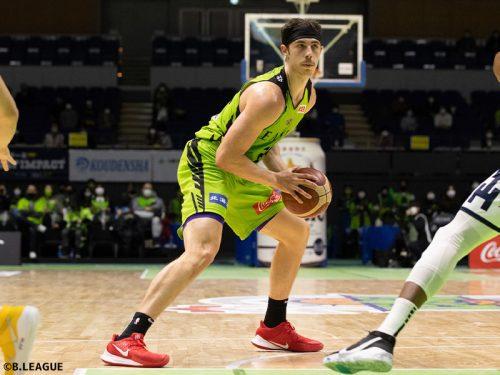 レバンガ北海道が今季最少失点で信州ブレイブウォリアーズに勝利…ニック・メイヨが26得点をマーク