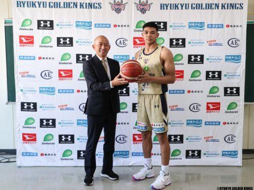 ジュニア ハーパー バスケを始めるきっかけとなった琉球ゴールデンキングスに加入したハーパージャン・ローレンス・ジュニア「夢のようです」(バスケット・カウント)