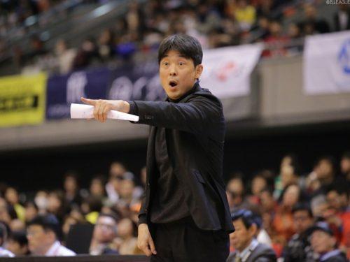 大阪エヴェッサ、悪性リンパ腫で療養していた天日謙作ヘッドコーチの復帰を発表