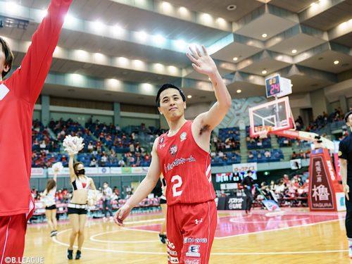 第4Qで勝負を決めた千葉が横浜に勝利…富樫は13得点をマーク