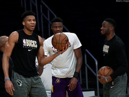 アデトクンボ兄弟3人がそろって試合に出場、三男・ヤニス「NBA史上最高の瞬間」