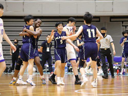 東海大会を制した岐阜女子がタイトなディフェンスで桜花学園のオフェンスを凌駕
