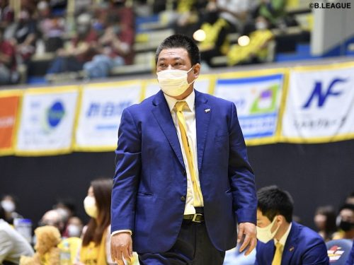 群馬が平岡富士貴HCの退任を発表「5年間に渡りサンダーズに関われたことは私の財産」