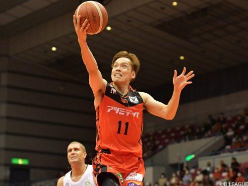 三遠が岡田慎吾とプレイングコーチ契約…練習に参加し選手へコーチングを行う
