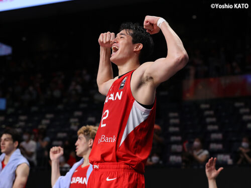 """NBAプレーヤー""渡邉雄太が日本に帰ってきた!…「中心になってやっていかないと」"