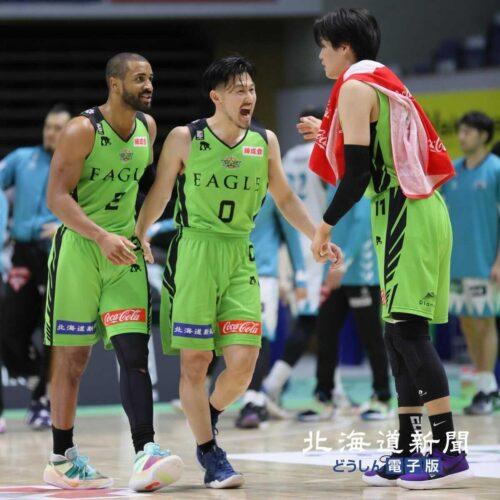 <橋本竜馬のバスケ脳>⑫厳しいシーズンだとしても 若手の成長、肌で感じた