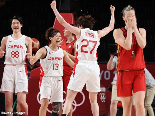 残り16秒で林咲希の逆転3ポイントが炸裂! 日本がベルギーを破り、史上初の準決勝へ/東京オリンピック